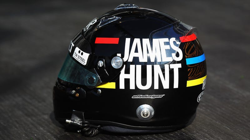 The Ten Coolest Racing Helmets You Can Buy