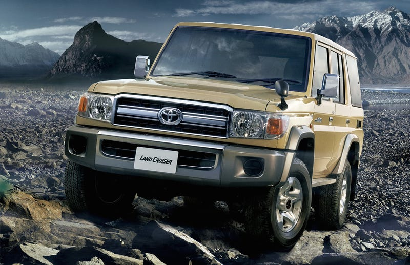 Toyota to Bring Back Land Cruiser 70-Series For One Year!