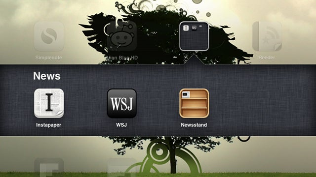 Hide iOS 5's Newsstand App in a Folder With This Trick