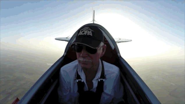 Pilot Completes Ice Bucket Challenge In The Best Way Possible