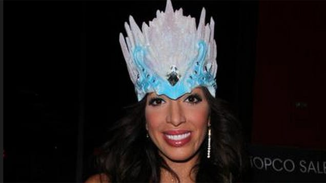Farrah Abraham Dresses as Frozen's Elsa to Promote Her Plastic Vagina