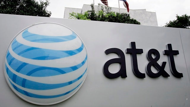 FCC Chief Puts the Kibosh on AT&T/T-Mobile Merger