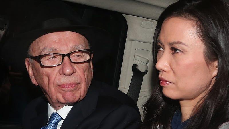 Murdoch's Ex-Wife Is a Chinese Spy Says Animatronic Dinosaur Guy