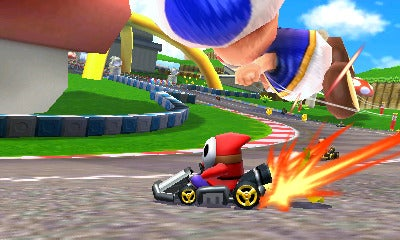 Mario Kart 7 Screens Pull Up. Throw Turtle Shells.