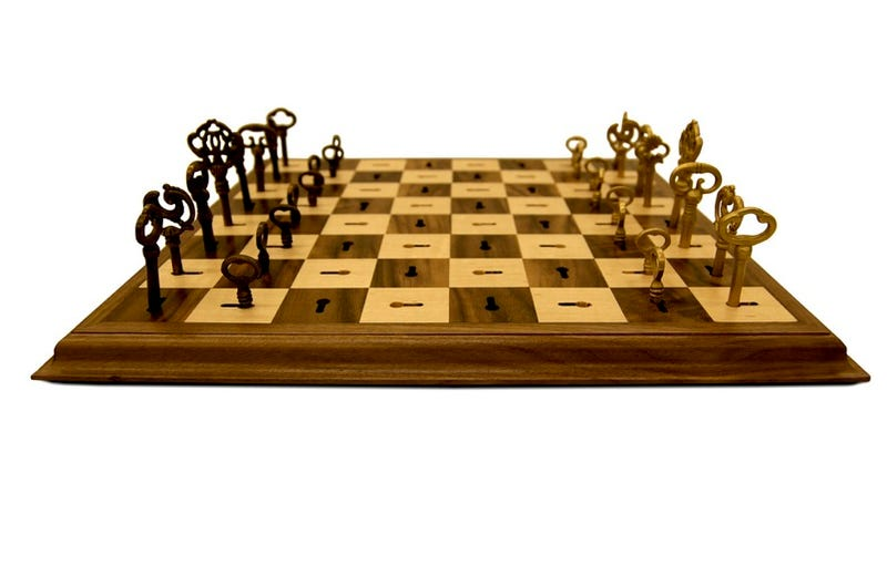 Skeleton Key Chess Board Puts The Smackdown On Sore Losers