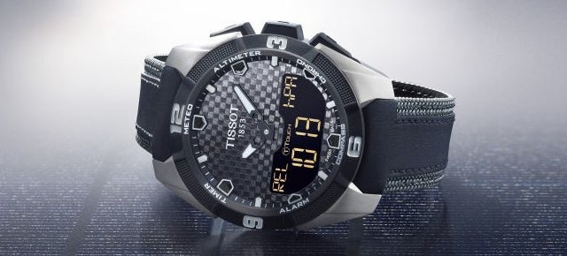 A Rugged Touchscreen Watch That Looks To the Sun For Charging
