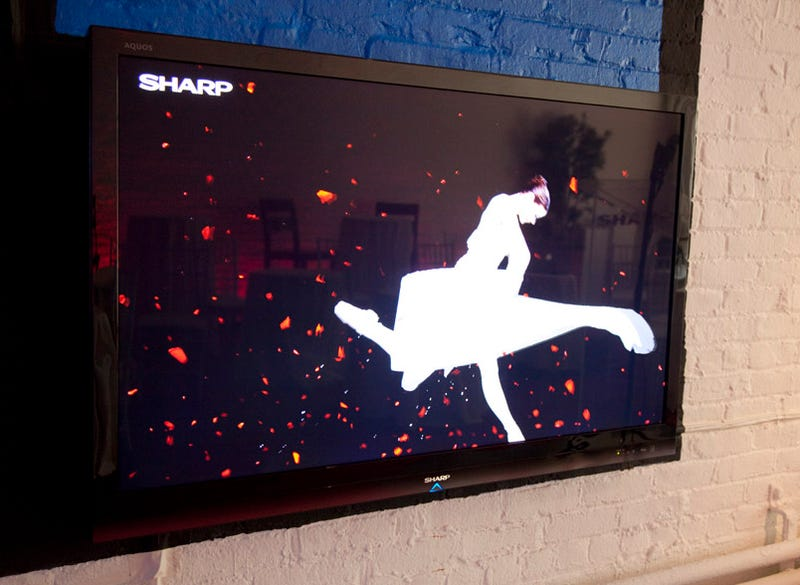 Sharp Aquos LE700 LED TVs Go Mainstream, But Where's the Local Dimming?