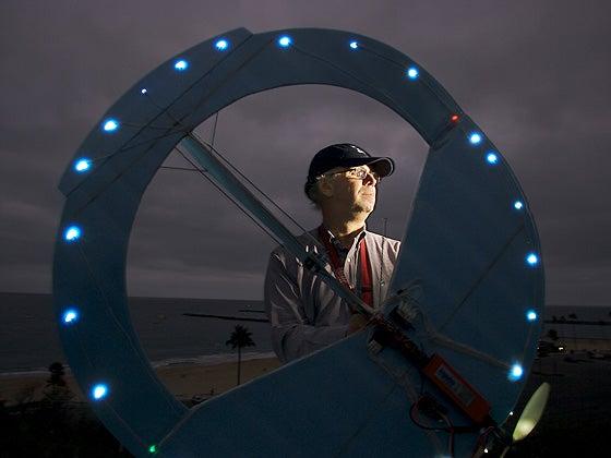 Fake UFO Hobbyist Scares People for Fun