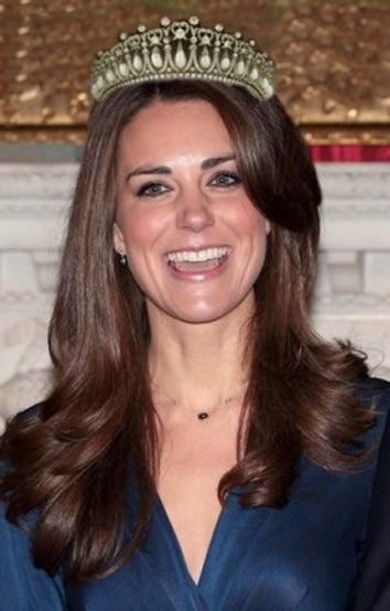 Obsessive Royal-Watchers Are In A Pre-Wedding Tizzy