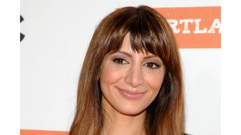 Nasim Pedrad Exits SNL to Play Lady Lead in John Mulaney's Sitcom Pilot