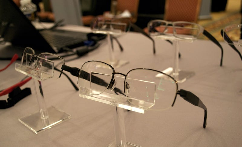 PixelOptics Liquid Crystal Glasses Make Bifocals Obsolete