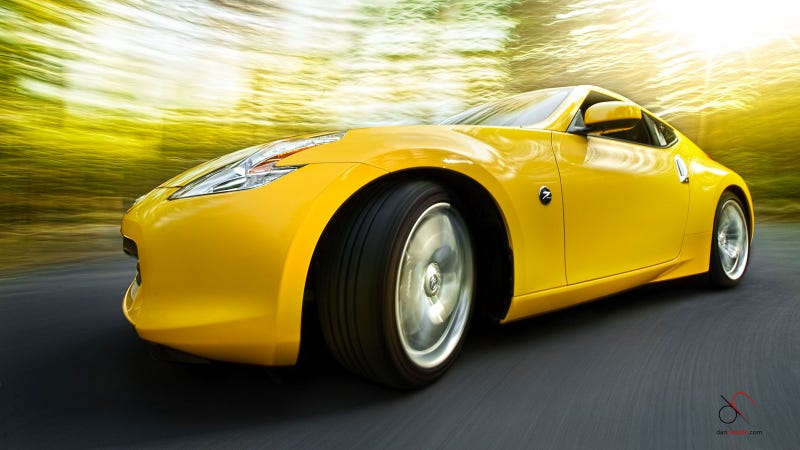 Your ridiculously cool Nissan 370Z wallpaper is here
