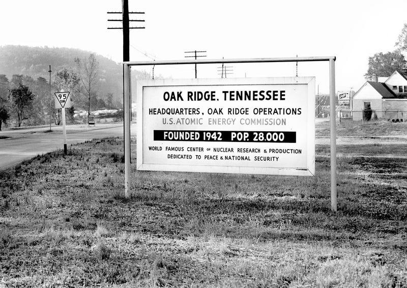 Extraordinary Photos of Everyday Life in Oak Ridge, the Secret City