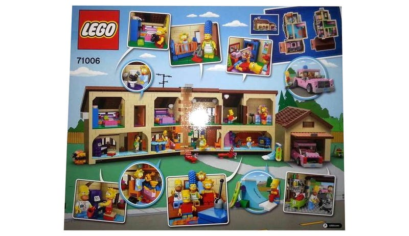 Here's the interior of the awesome Lego Simpsons home set