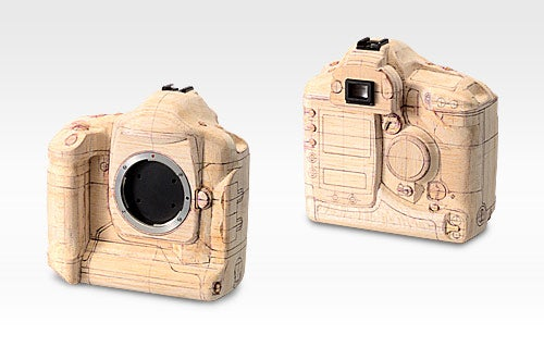 Balsa Wood Canon DSLR Gives Us the Inevitable