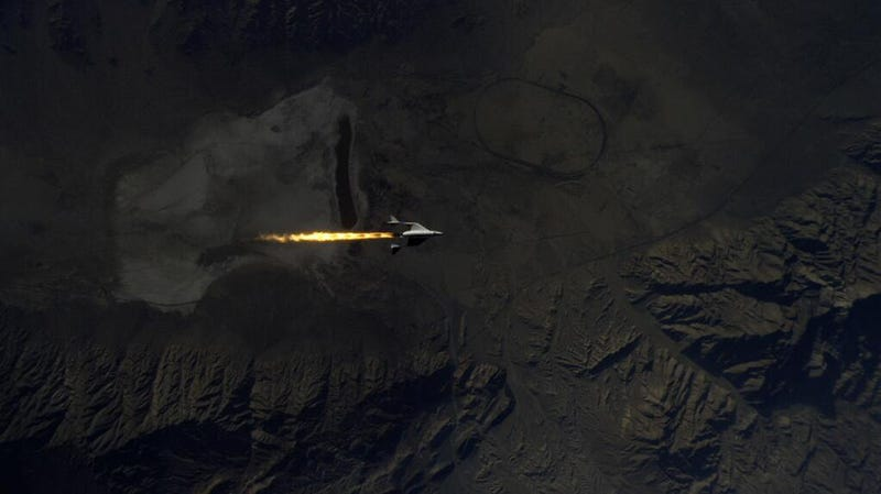 Spectacular photos of SpaceShipTwo breaking the sound barrier