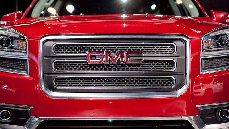 2013 GMC Acadia Gets Up In Your Grille