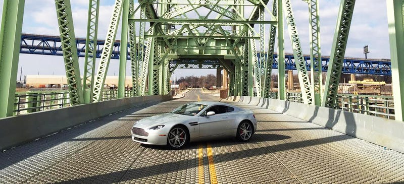 Here Are All The Weird Quirks On My Aston Martin V8 Vantage (jalopnik.com)
