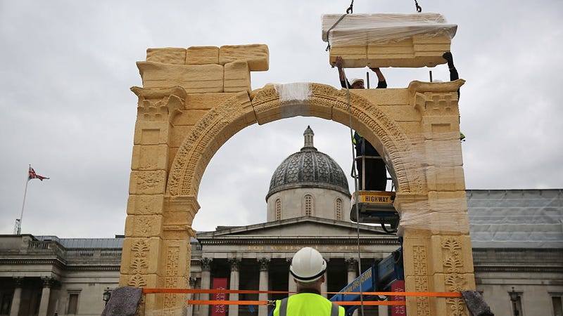 Replica of Palmyra's Arch of Triumph Built in London From 3D Scans