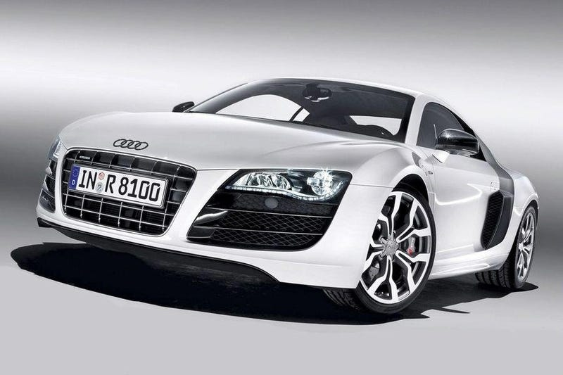 Audi R8 V10: Two More Cylinders For Detroit