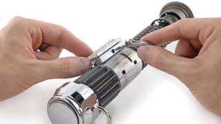 iFixit Tears Down the One Gadget We All <i>Really</i> Want: a Lightsaber