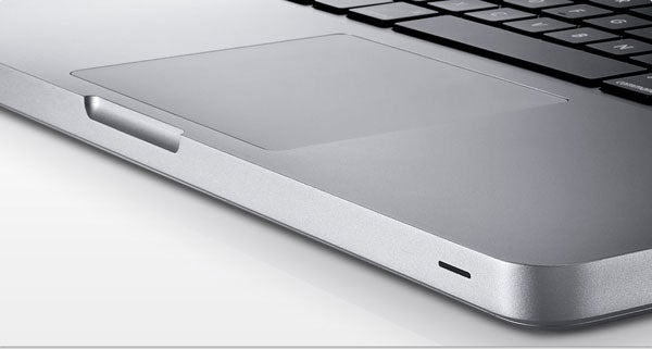 New MacBooks Get Glass Trackpads 4-finger Multitouch, No Buttons, and No LCD