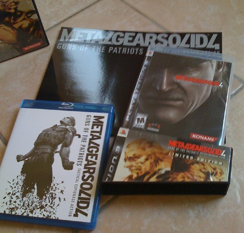 Metal Gear Solid 4 Limited Edition Unboxing