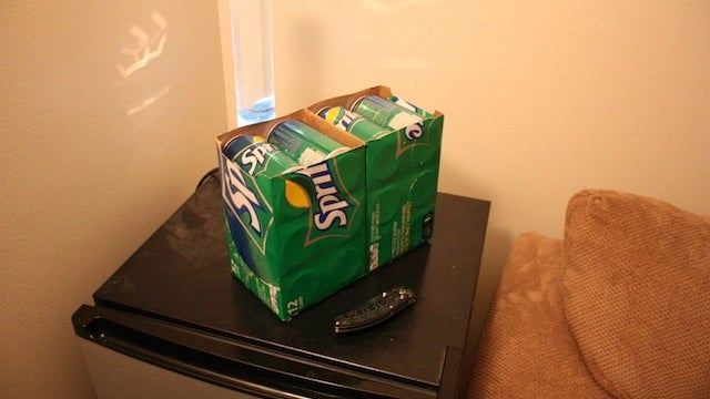 Split a 12 Pack In Half to Fit It In a Mini Fridge