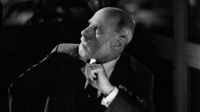 Vint Cerf Dreams of an Internet That Connects Humans to Animals—and Aliens