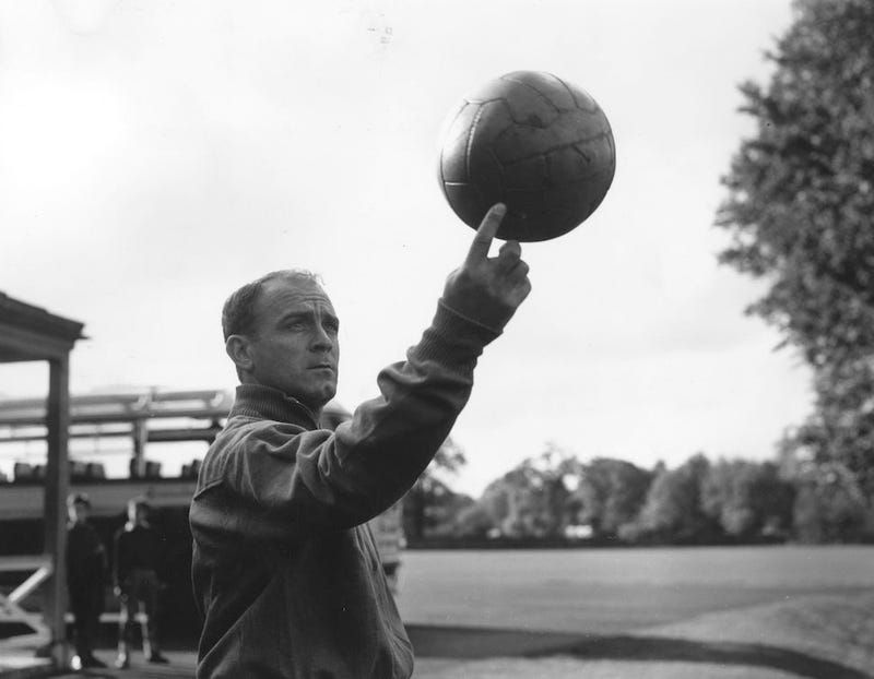"Superstar Alfredo Di Stéfano, Real Madrid's ""Blond Arrow,"" Has Died"