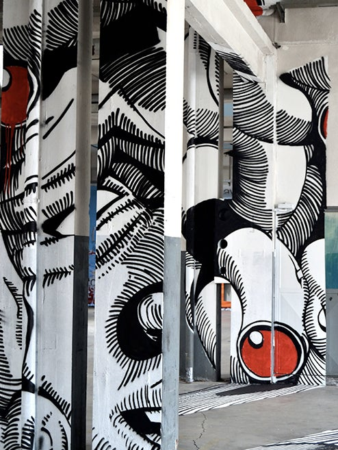 This anamorphic Medusa painting is the coolest thing you'll see all day
