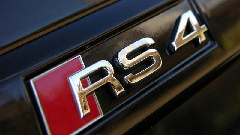 2013 Audi RS4 Avant: Aluminum Und Luggage