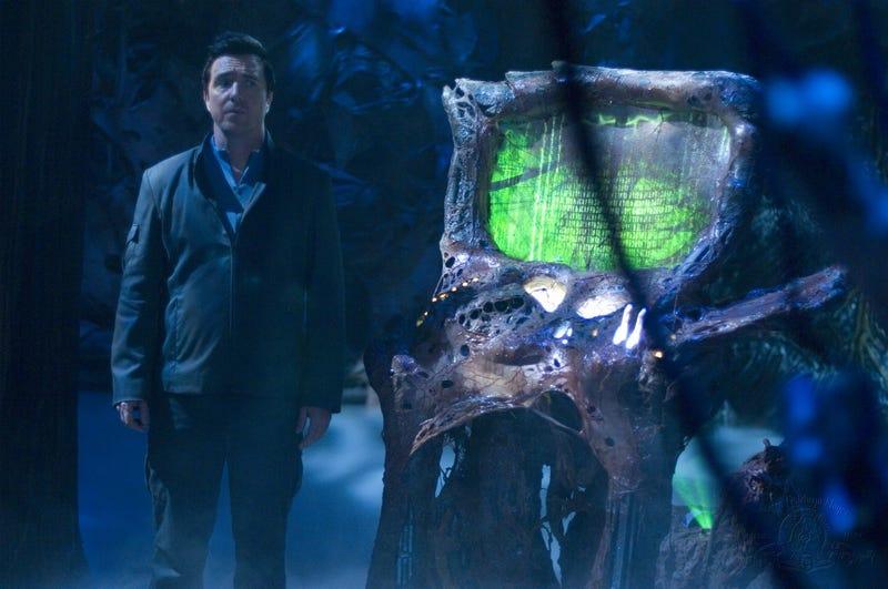 Sneak Peeks At Lost, Transformers And Heroes