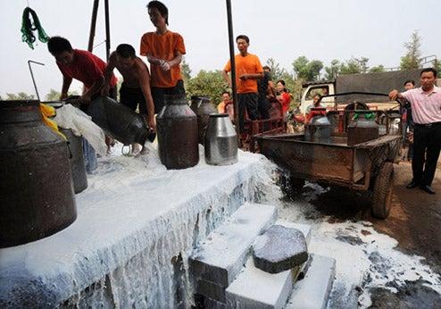 Chinese City Bakes Bad Milk Into Bricks