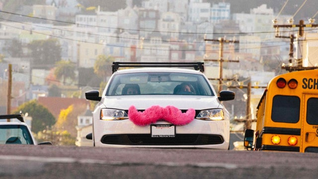 ​Lyft's NYC Ride-Sharing Launch Delayed After Restraining Order