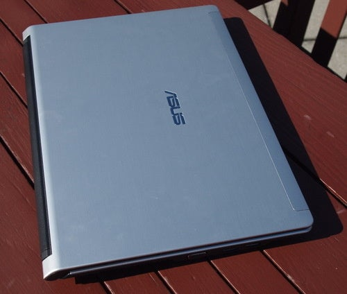 ASUS UL30A-A1Gallery