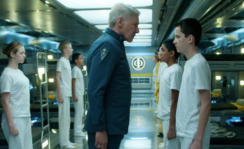 War is shiny hell in the first Ender's Game footage