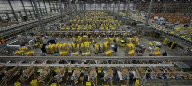 Amazon Forces Workers to Sign Sinister Non-Compete Agreementsxa0;