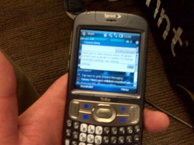Palm Treo 800w Caught Running Windows Mobile