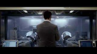Ben Kingsley StealsRyan Reynolds' Body In First<i>Selfless </i>Trailer