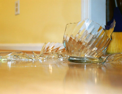 How to Shatter Glass With Your Voice (With the Help of Gadgets)