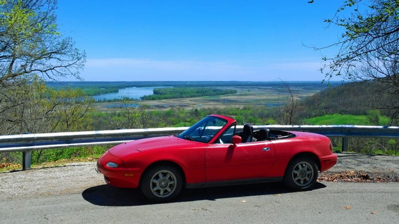 The first week of ownership of the Miata! The good, the bad, & the ugly