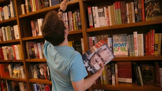 Publishers Now Want You to 'Binge Read'