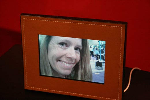 Parrot Really Loves Bluetooth: 7-Inch Photo Viewer, Speakers, Boardroom Speakerphone