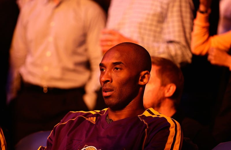 Kobe Bryant Is Live-Tweeting The Lakers Game