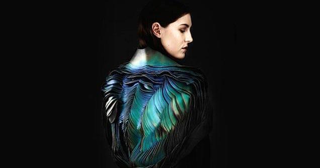 Diseñan un tejido que mide los cambios en el aire alterando su color