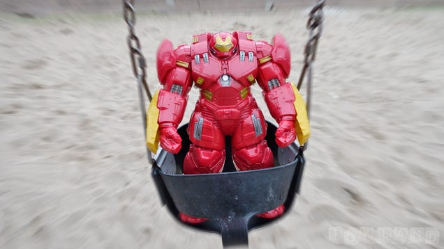 The Massive 18-InchTitan Hero Hulkbuster Is the Size Of a Small Child