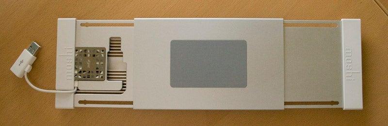 Lightning Review: Moshi Zefyr MacBook Notebook Cooler
