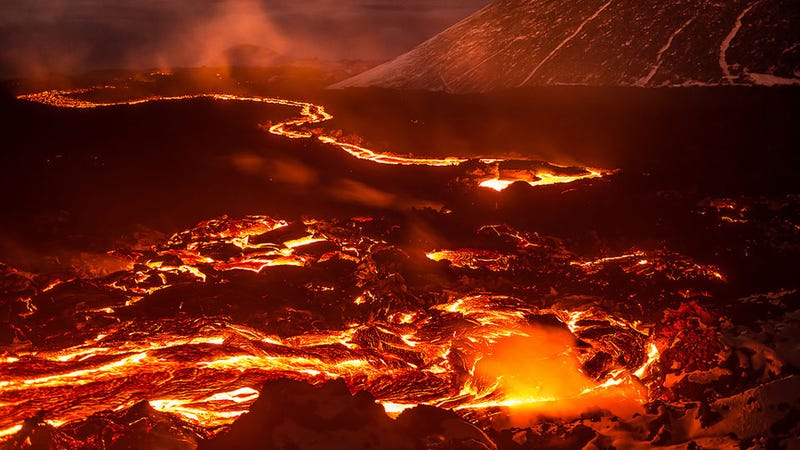 It's Only Reasonable To Think That This Russian Volcano Looks Like Mordor