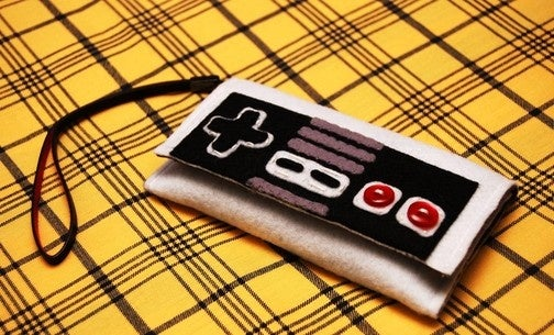 This NES Controller Is the Only iPhone Case I Want
